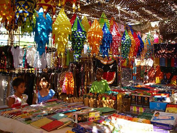 anjuna-beach-market-2